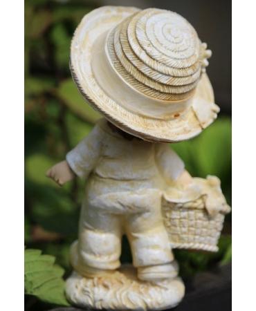 статуэтка мальчик фермер