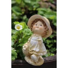 статуэтка девчонка фермер